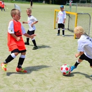 ußball-Ferien-Camp 2012_1.DG