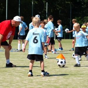 Fußball-Ferien-Camp 2011 1.DG
